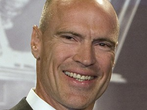 Team Canada GM Mark Messier