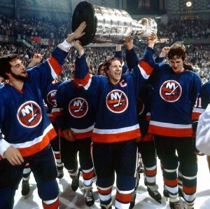 Islanders' captain Denis Potvin with '82 Cup