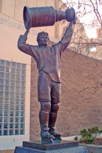 Statue of Wayne Gretzky outside Edmonton's Rexall Place