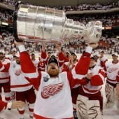 Kris Draper with 2008 Stanley Cup