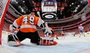 Flyers' netminder Michael Leighton