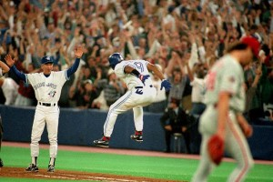 Blue Jays' Joe Carter celebrates Series-winning home run in 1993